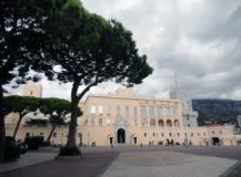Comment s'appelle le Palace de Monaco ?