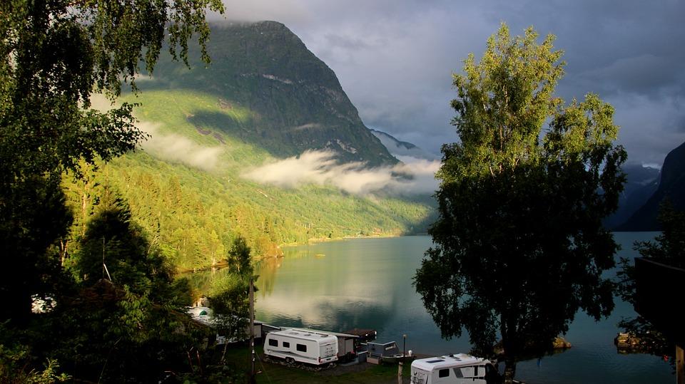 Quel camping loue des caravanes dans le var ?