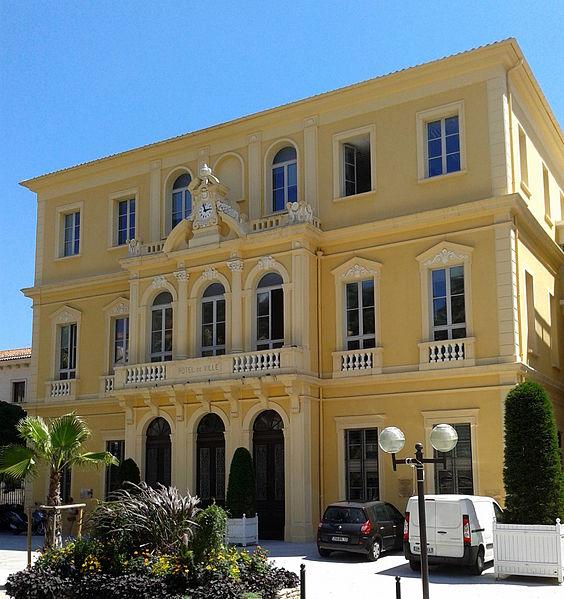 Quel hôtel à Hyères prend les chèques vacances ?