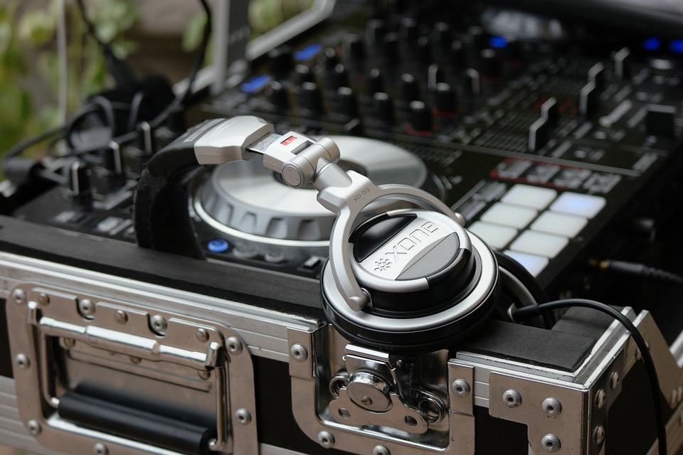 Les tops des DJ mariage sur la Côte d'Azur