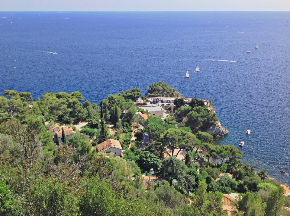 Top 3 des campings 4 étoiles proche de Toulon